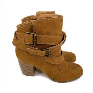 AEO Block Heel Suede Double Wrap Ankle Boots 8
